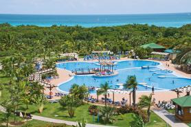 Bazén u hotelu Blau Varadero, Kuba